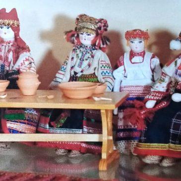 Празднование Рождества в семье Л.Н. Толстого и куклы-скелетцы